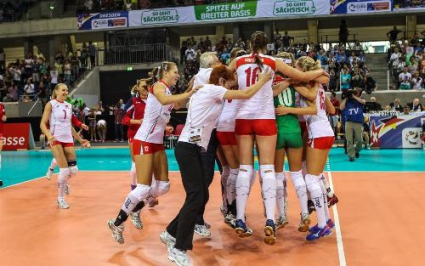 Беларус с първа победа на Европейското след 3:1 над Азербайджан