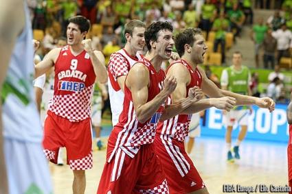 Хърватия продължава напред на Евробаскет 2013
