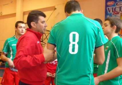 Волейболните национали до 23 години останаха 17