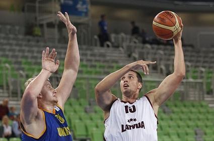 Латвия не пощади Украйна на старта на втората фаза (видео)