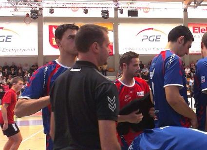 Владо Николов (25 точки) и Теди Салпаров дебютираха с победа  за Лион