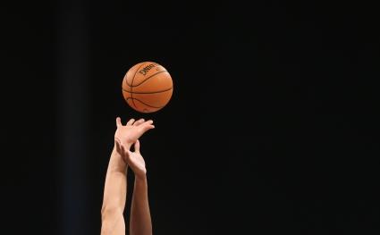 """НБА с нова кампания - """"Една игра, една любов"""""""