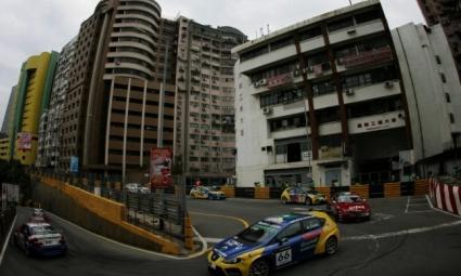 Бивши пилоти от Ф1 с покана за предстоящото състезание в Макао