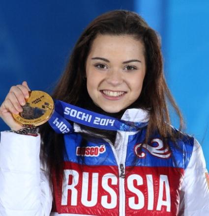 Аделина Сотникова: Преди Сочи пиех само вода, сега искам торта