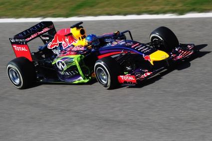 Започна последният ден от финалния тест във Ф1