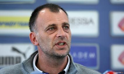 Левски може да остане и без треньор още преди мача с ЦСКА