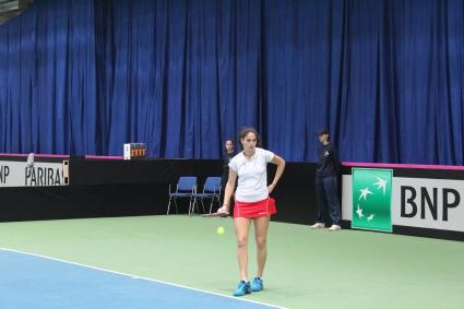 Шиникова се класира за втория кръг във Франция