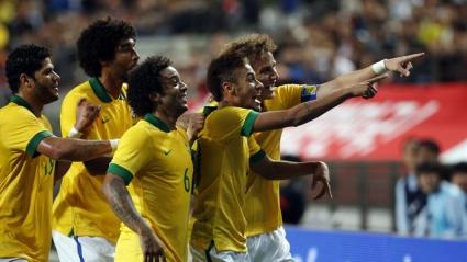 Бразилия с наказателна акция в ЮАР, Неймар над всички (видео)