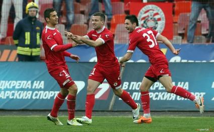 В ЦСКА пълнят джобове преди дербито