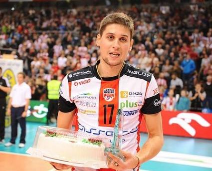 Ники Пенчев срещу бившия си отбор в плейофите на Полша