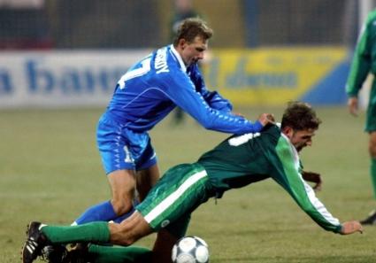 Бивш халф на Левски: Танцувахме голи по масите след победа над ЦСКА