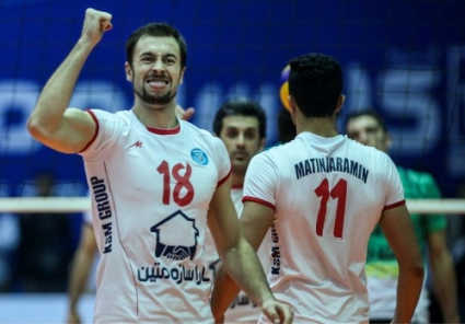 Ники Николов и Матин поведоха на Богданов и Мизан с 1-0 победи в полуфинала в Иран