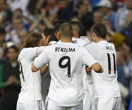 Реал Мадрид не остави съмнения и дръпна с 4 точки пред Барса (видео)
