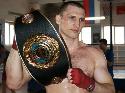 Световен шампион е новият спаринг на Кобрата