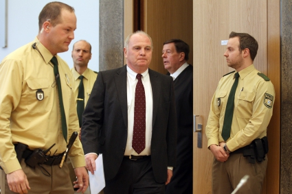 Ули Хьонес с изненадващо признание пред съда
