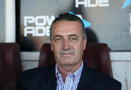 Арсенал Саранди освободи треньора Густаво Алфаро