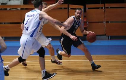 Черноморец взе дербито на дъното с Берое