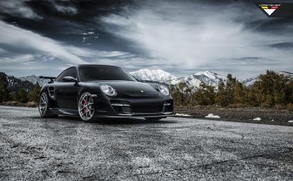 Vorsteiner лекo модифицираха едно Porsche 911 Turbo