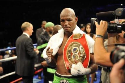 Хопкинс стана най-възрастният притежател на два пояса в професионалния бокс