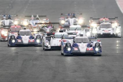 Тойота с двойна победа при старта на WEC 2014, Марк Уебър на подиума