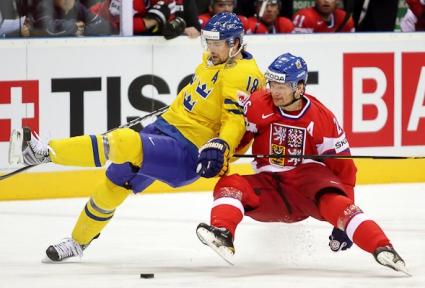 Швеция победи Чехия след дузпи, Русия с втори успех