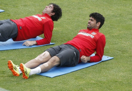 Атлетико тренира без Диего Коща и Куртоа