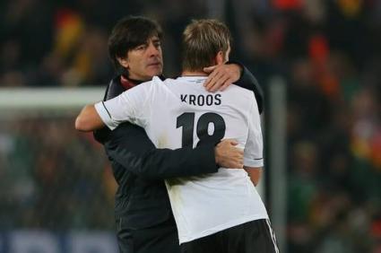 Льов остава начело на Германия до 2016-а