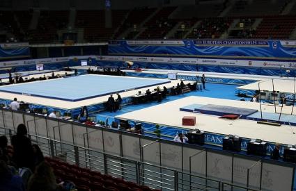България завърши на 18-о място при девойките на европейското по спортна гимнастика
