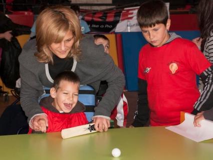 Фестивал по крикет събира 100 деца в София