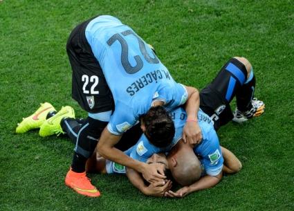 Уругвай с първа победа над европейски отбор след 44 години