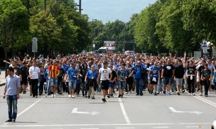 Фенове на Левски даряват 1000 лева в помощ на пострадалите във Варна