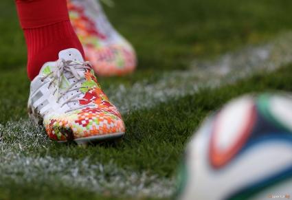 Погват 87 футболисти във Франция за залагания