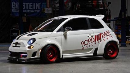 Fiat 500 Abarth побира и 253 кс, стига да искаш