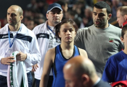Eлица Янкова отпадна рано на световното по борба