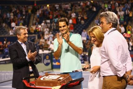 Федерер с победа навръх рожден си ден, предстои 1/2-финал срещу Лопес