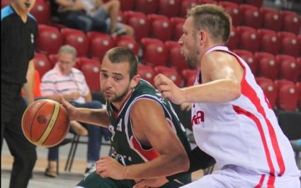 България без Маринов и Маршавелски срещу Холандия