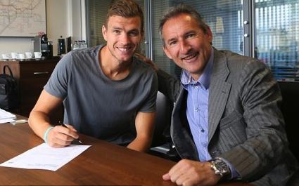 Джеко подписа за нови 4 години със Сити
