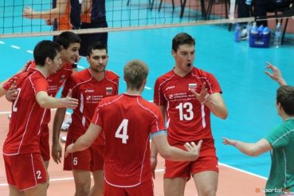 Младежите на България играят три контроли с Иран