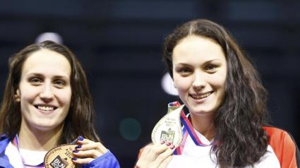 Две плувкини станаха едновременно европейски шампионки на 100 метра гръб