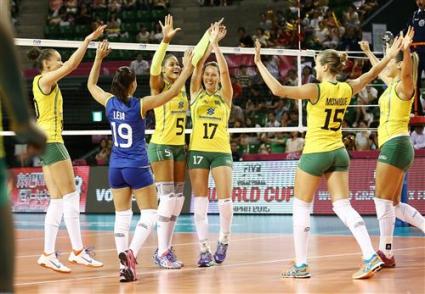 Бразилия мина през Белгия за 66 минути на финалите на Гран При