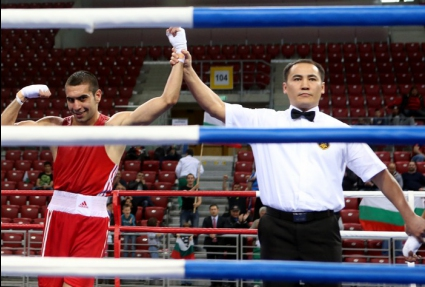 Двама българи на финал на младежката олимпиада