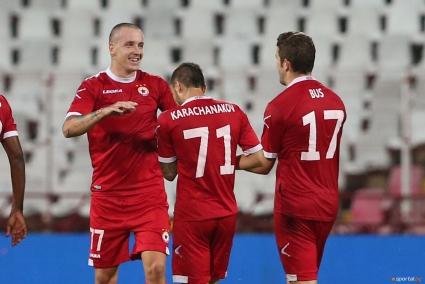 Треньори и играчи се отказаха от една премия в името на ЦСКА