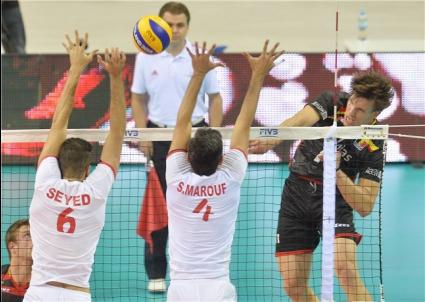 Иран продължава напред след 3:1 над Белгия