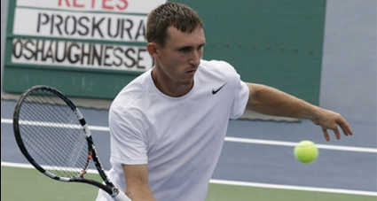 Кутровски стартира с победа в Канада