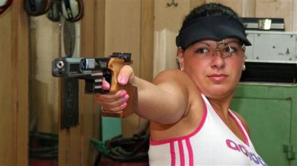Антоанета Бонева седма на 25 м пистолет, Гроздева извън финала