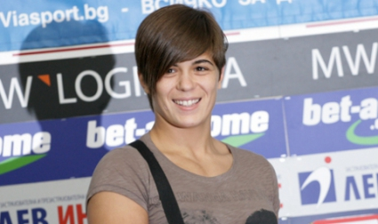 Тайбе Юсеин донесе първи медал на България от Световното по борба