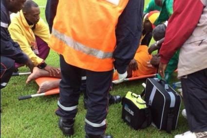 Жесток сблъсък прати в болница защитник на ПСЖ (видео)