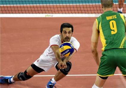 Иран пречупи Австралия