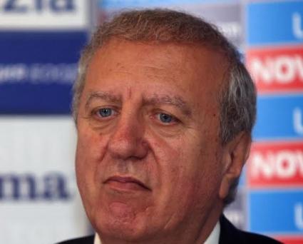 Силният човек в ЦСКА не направи изключение, нахвърли се на съдията
