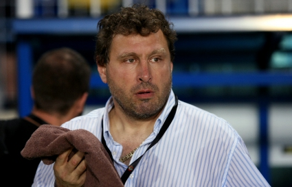 Вили Вуцов дава шанс на резервите